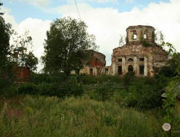 Короцкое кладбище. Бывший Покровский храм