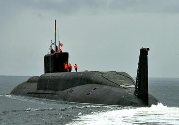 Подводная лодка Юрий Долгорукий проекта 955 Борей на ходовых испытаниях