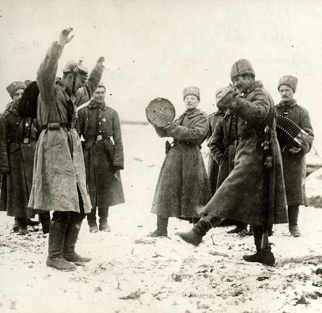 Пленный немец, Как русский солдат немцам свою винтовку за целый окоп продал