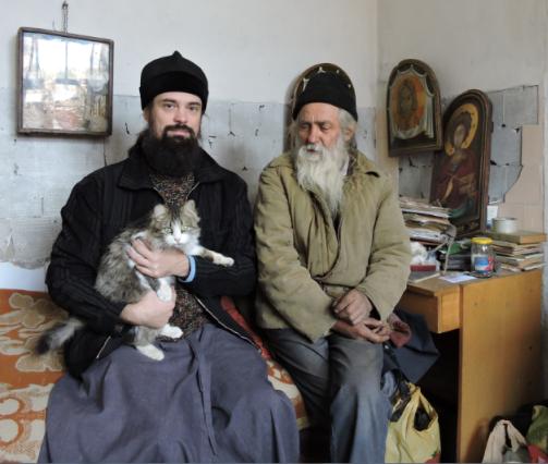 Протоиерей Олег Трофимов и священник Алексий из села Каменка