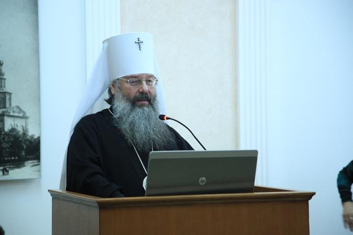 Выступает митрополит Кирилл