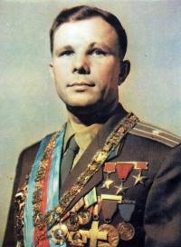 1961 наш земляк юрий алексеевич гагарин